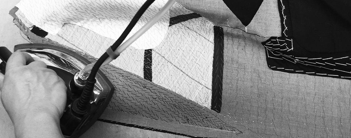 The canvas foundation of the coat is carefully assembled with technique and precision, according to our unique process, to achieve the long lasting and well defined lines of a J.H. Cutler bespoke creation.